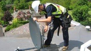 FreeSat Dish Install Two single points - 2 x single feed (FREESAT 02)